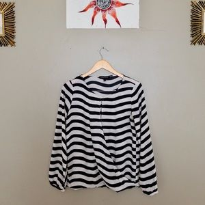 BANANA REPUBLIC black and white striped blouse